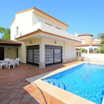 Holiday home Alberes 177a Empuriabrava