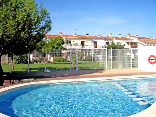 Holiday home Triangulo Empuriabrava