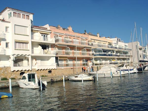 NYLA II 2-2 Apartment Empuriabrava