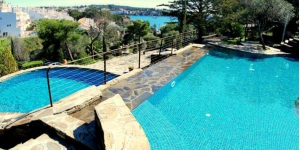 Rec de Palau offers beautiful accommodation in Llané Petit Bay, within 3 minutes' walk of Cadaqués centre and beach. These striking villas and apartments offer use of 2 shared outdoor pools.