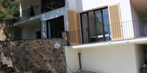 Located in Tossa de Mar, Villa Casa Manana offers an outdoor pool. This self-catering accommodation features free WiFi.