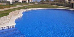 Offering an outdoor pool, Holiday home Mas Pinell is located in L'Estartit. The accommodation will provide you with a balcony.