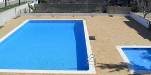 Offering an outdoor pool, Holiday home Salvador is located in L'Escala. The accommodation will provide you with a balcony.