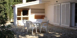 Holiday home Lobit Bajo is located in Llanca. There is a full kitchen with a refrigerator.