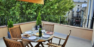 Apartament La Placeta is a luxurious property situated in the heart of Figueres' Historic Centre. A 2-minute walk from the Dali Museum, this apartment features 2 furnished terraces and free WiFi.