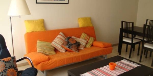 Apartament Guíxols is a self-catering accommodation located in Sant Feliu de Guixols. Accommodation will provide you with a seating area.
