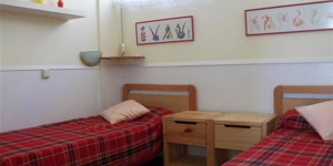 Piso Lloret de Mar is a self-catering accommodation located in Lloret de Mar. The property is 3.