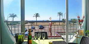 Apartment Residencia Bahia is a self-catering accommodation located in Empuriabrava. The property is 2.